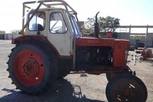 Снимка номер 1 за продавам трактор