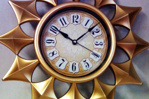 Снимка номер 1 за стенен часовник-слънце