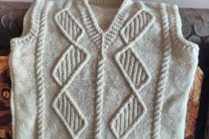Снимка номер 1 за Пуловер от естествена вълна и пуловер от прежда с малък проц