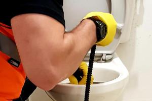 Снимка номер 1 за ВиК услуги, отпушване на канали шахти сифони  тоалетни и др.