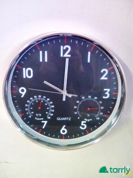 Снимка номер 1 за стенен часовник с термометър