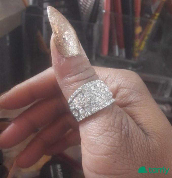 Снимка номер 1 за Изискан сребърен пръстен с бели сапфири