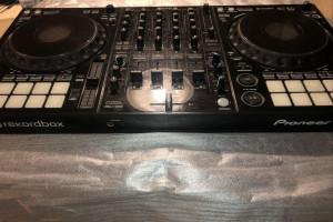 Снимка номер 1 за Pioneer DDJ 1000 DJ драйвер за Rekordbox